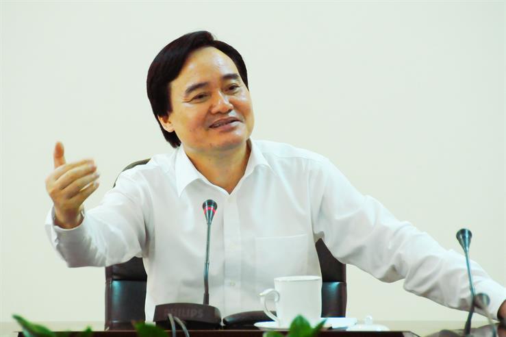 Bộ trưởng Phùng Xuân Nhạ đề nghị Ban soạn thảo tiếp thu đầy đủ cácý kiến góp ý cho dự thảo chương trình giáo dục phổ thông tổng thể