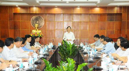 Bộ trưởng Phùng Xuân Nhạ chủ trì cuộc làm việc với hiệu trưởng các cơ sở đào tạo sư phạm trong cả nước