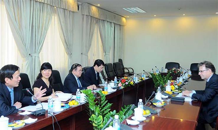Thứ trưởng Bùi Văn Ga có buổi tiếp ông Christopher Tremewan, hai bên đã trao đổi cởi mở nhiều nội dung phối hợp trong năm 2017