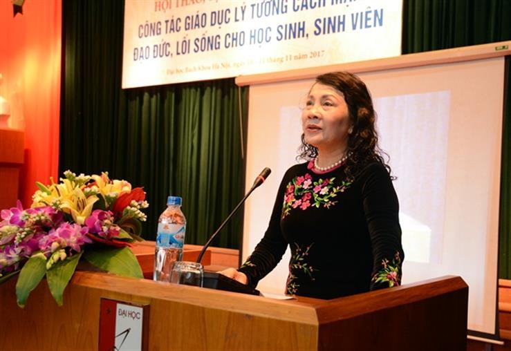 Thứ trưởng Bộ Giáo dục và Đào tạo Nguyễn Thị Nghĩa phát biểu tại Hội thảo